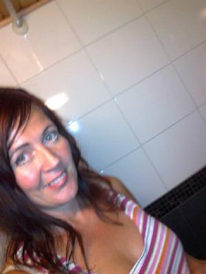 uskovainen nainen etsii miestä Raahe